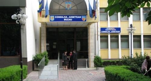 Administrator public, o nouă funcţie în organigrama Consiliului judeţean Buzău